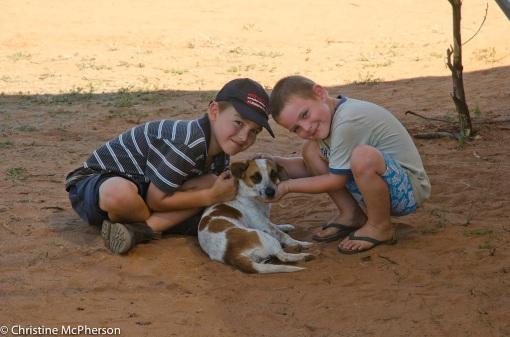 The boys loving Ida